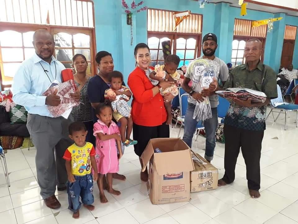 Kegiatan Sosial IUMKM Indonesia (AKUMANDIRI) Untuk Saudara Kita Di Papua